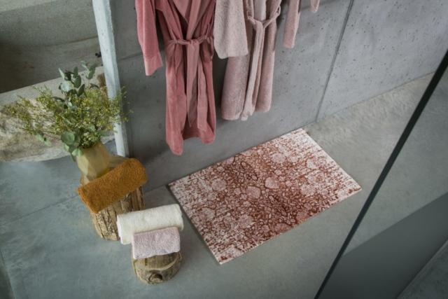 tapis de bain serviette et peignoir coton